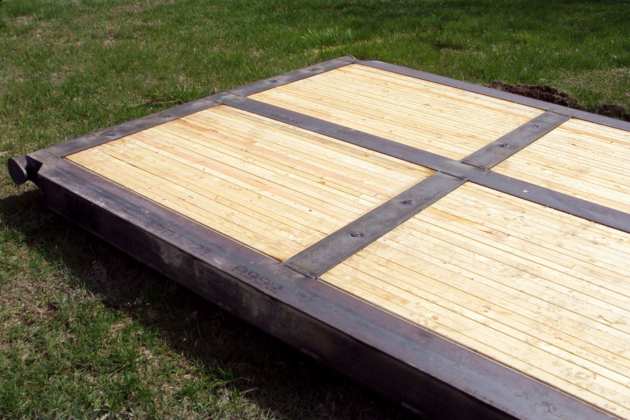 Custom rigmat with laminate timber by MT Rigmat