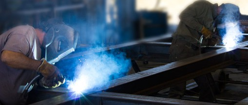 welding a oil rig mat